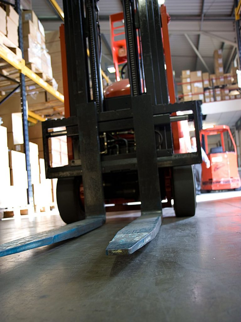 9 Compelling Reasons Why Now is the Time to Get Forklift Certified
