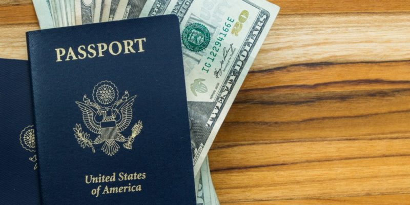 Traveling Soon? Best Ways to Benefit from Currency Exchange
