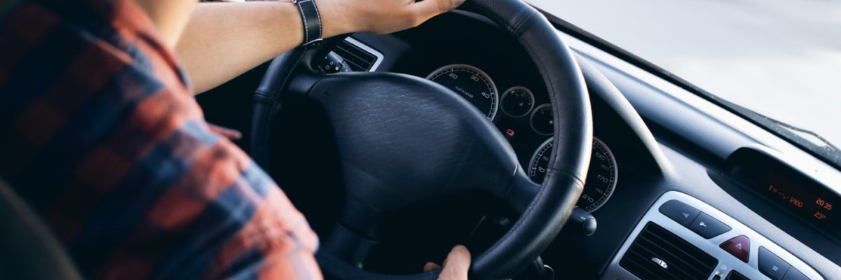 The 10 Most Dangerous Mistakes Driving Instructors Face With Learners