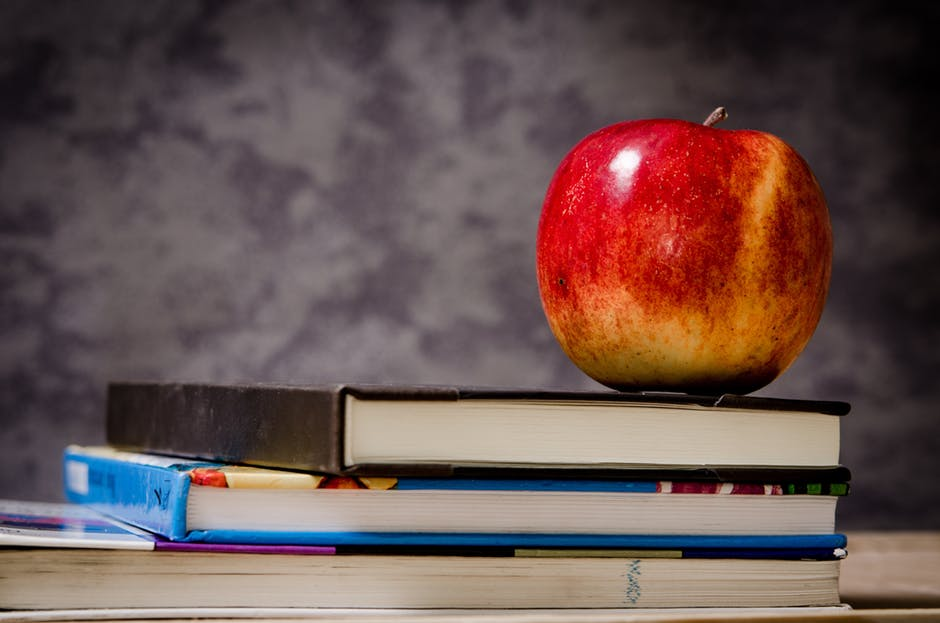 How to Go Back to School with No Money in 10 Easy Tips