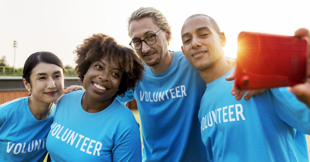 How To Efficiently Volunteer Your Time To Charities