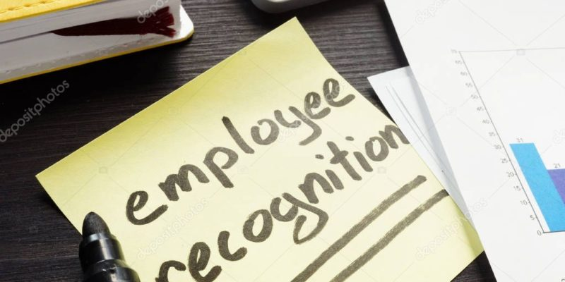 7 Undeniable Benefits of Employee Recognition at Work
