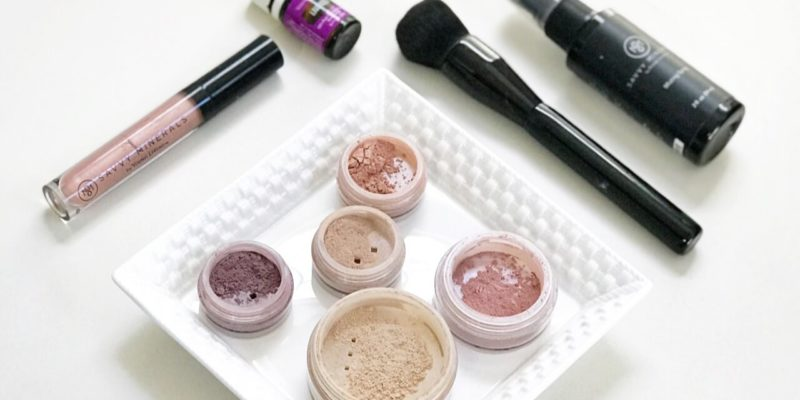 What Not to Believe When it Comes to Mineral Makeup