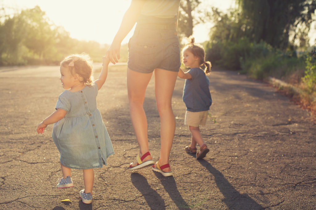 How to Be a Better Mom: 7 Parenting Tips for Working Mothers