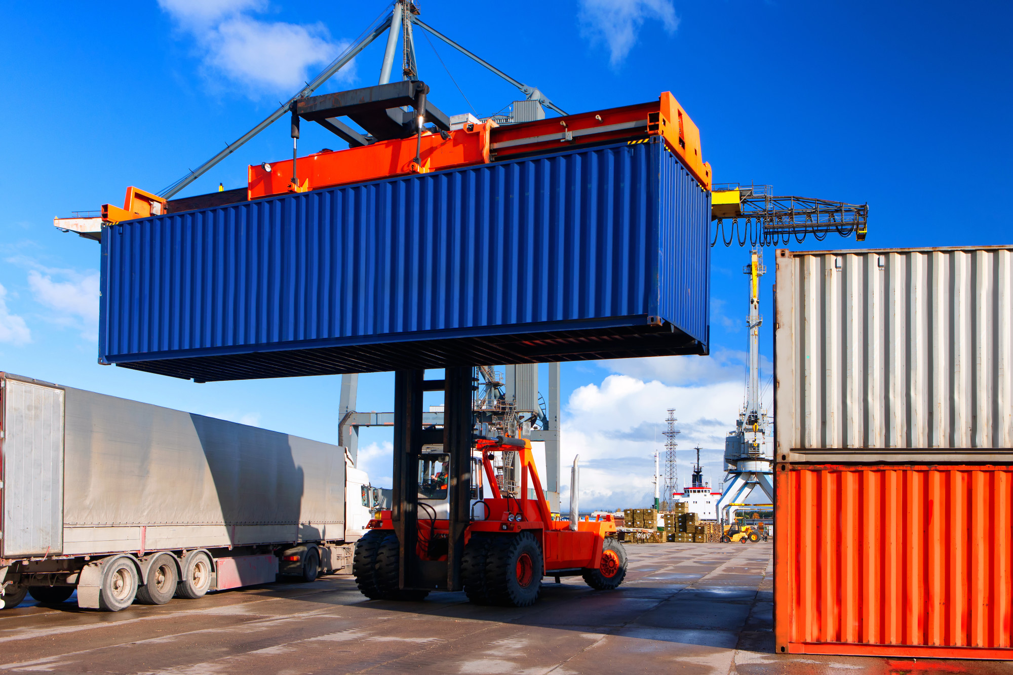 How Much Does a Shipping Container Cost on Average?
