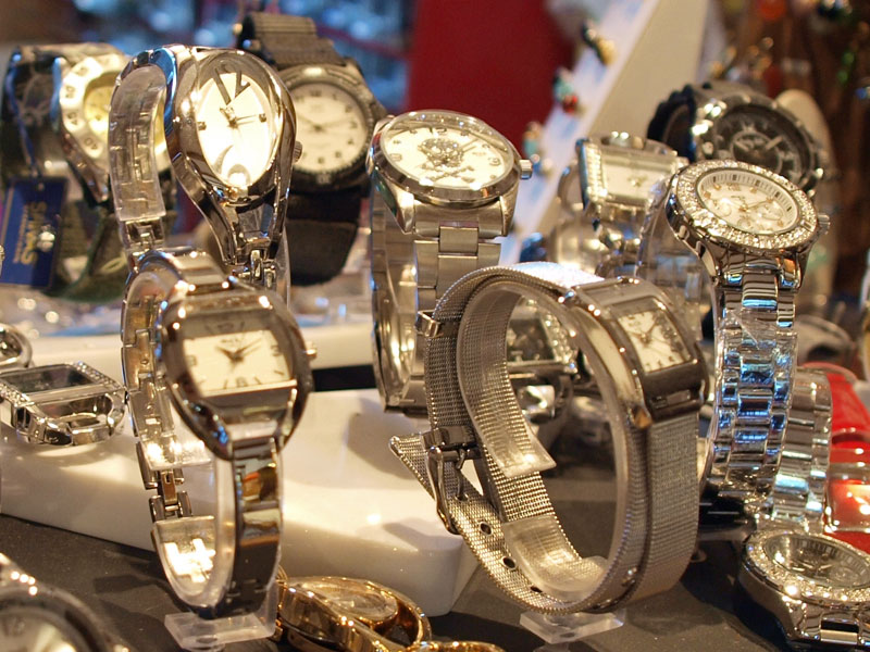 How to buy and consider watches suitable for every occasion
