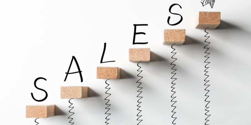 Outside Sales Vs. Inside Sales: 5 Ways in Which they Differ