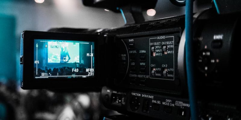 Business Training: 10 Simple Tips for How to Make a Training Video