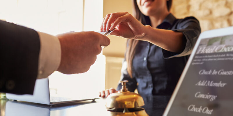 6 of the Biggest 2020 Customer Service Trends for Hotels