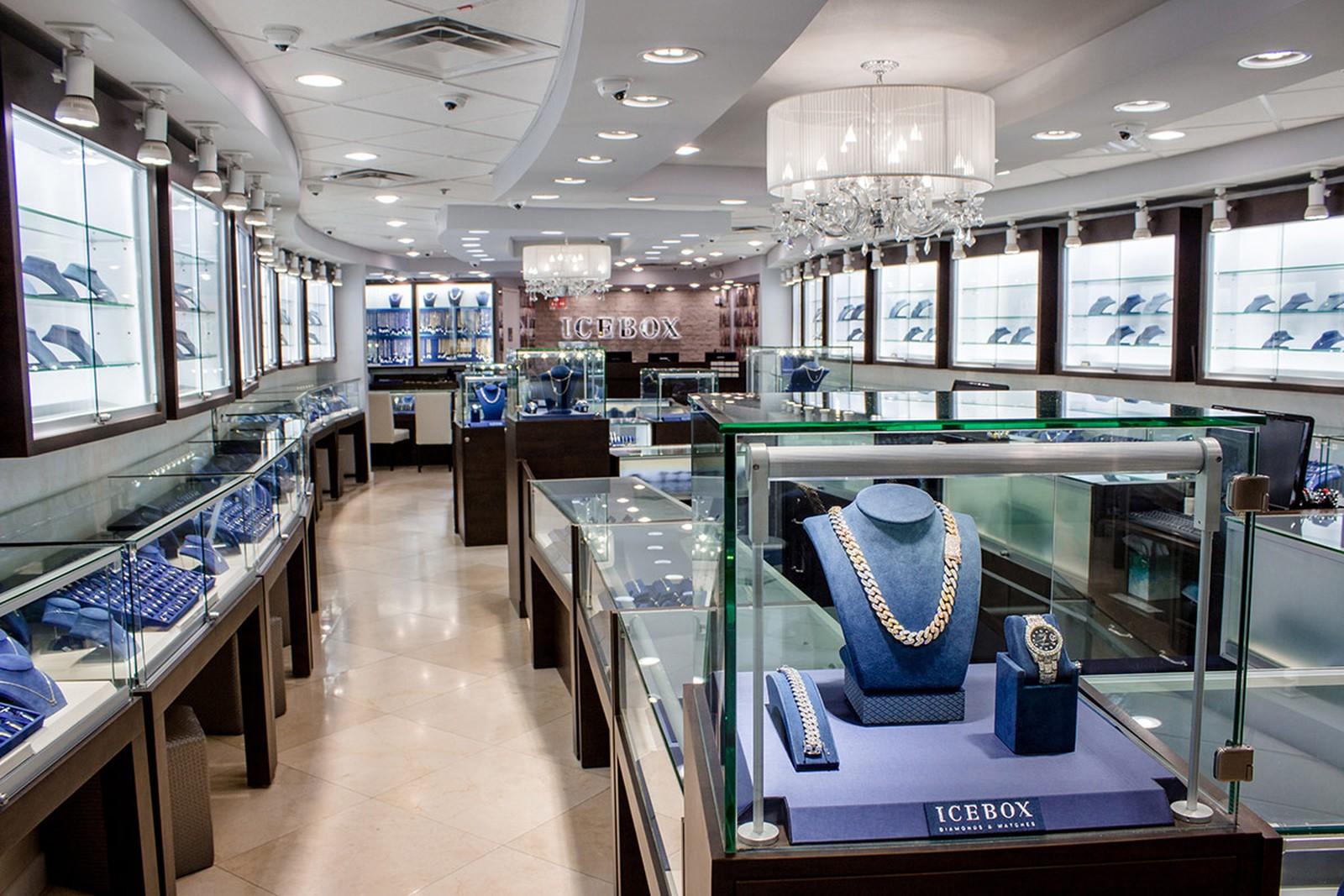 Jewelry Store1.jpg